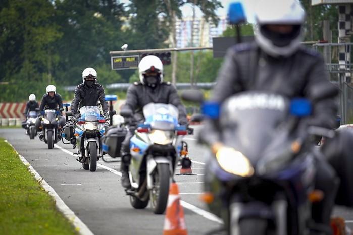 policjanci szkolenie tor bydgoszcz