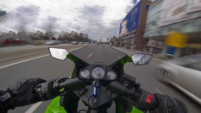 wyprzedzanie motocykl xx