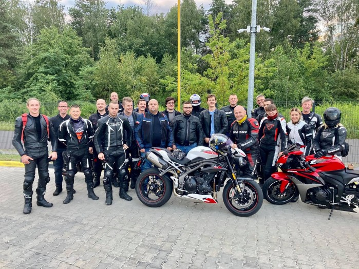 motocyklem na tor grupa