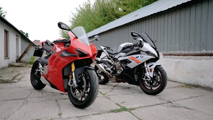 BMW S1000RR Vs Ducati Panigale V4S
