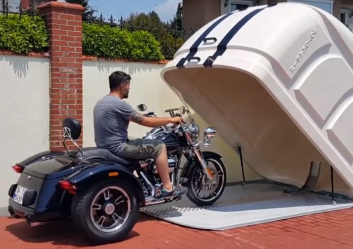 Przenosny garaz na motocykl
