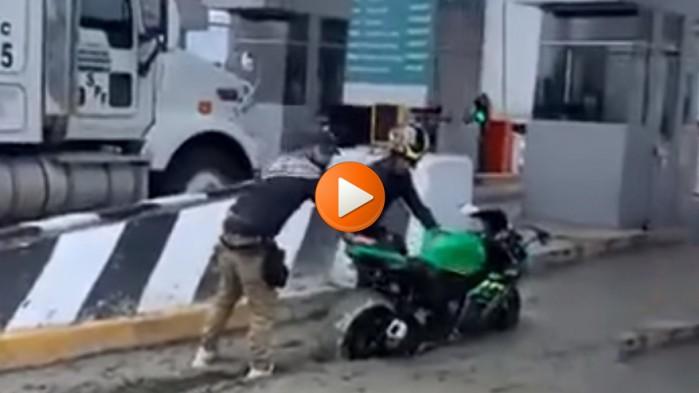 autostrada beton motocykl