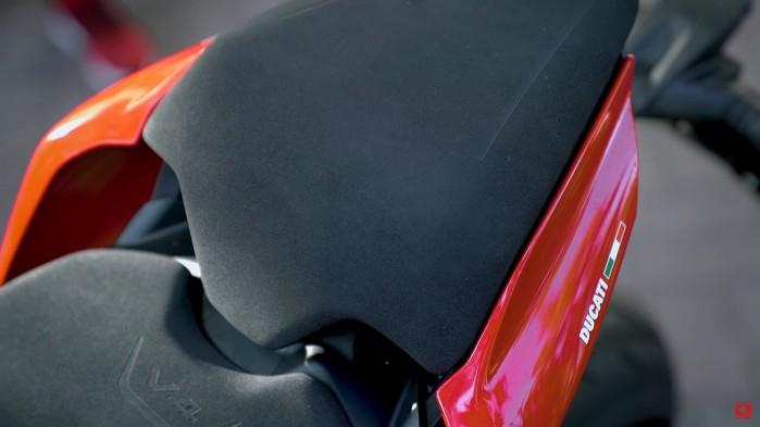 Ducati Streetfighter V4S siodlo