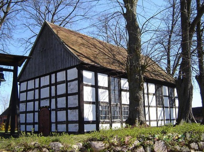 budynek pojezierze drawskie