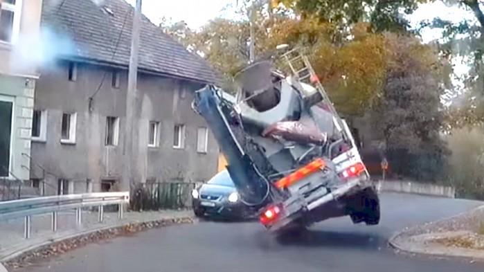betoniarka auto wypadek