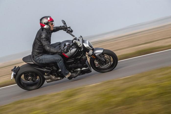 Ducati XDiavel Black Star 2021 6
