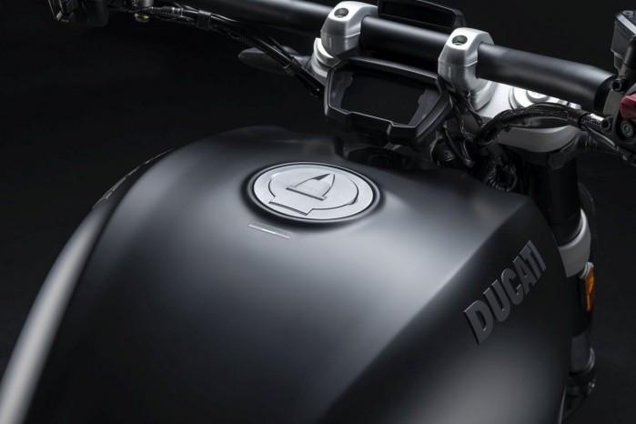 Ducati XDiavel Dark 2021 4