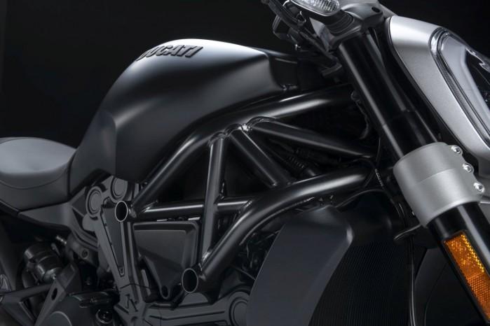 Ducati XDiavel Dark 2021 5