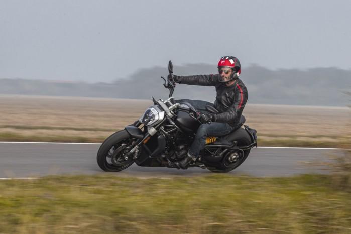 Ducati XDiavel Dark 2021 7