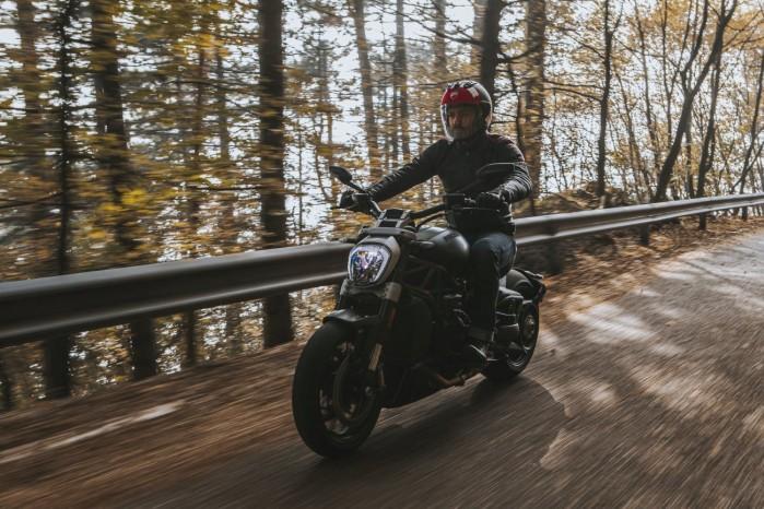 Ducati XDiavel Dark 2021 9