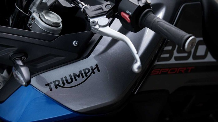2021 triumph tiger 850 sport detail stickers