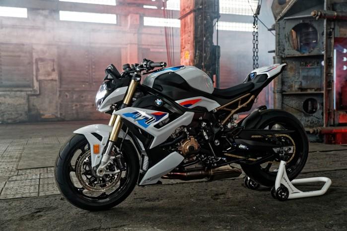 2021 BMW S1000R 04