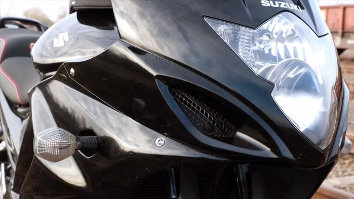 Suzuki GSX 1250 FA redlektor