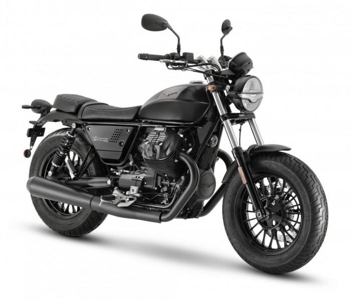 2021 moto guzzi v9 bobber 01