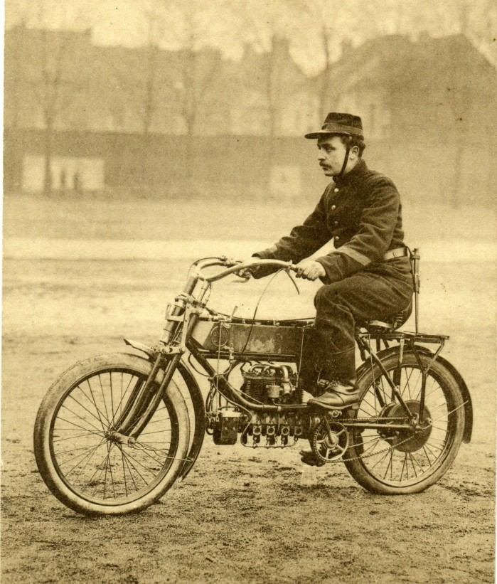 Belgijski czterocylindrowy motocykl FN