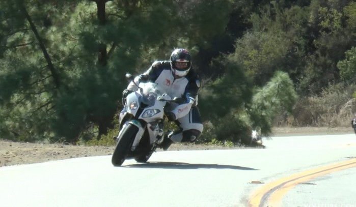 masa a jazda na motocyklu