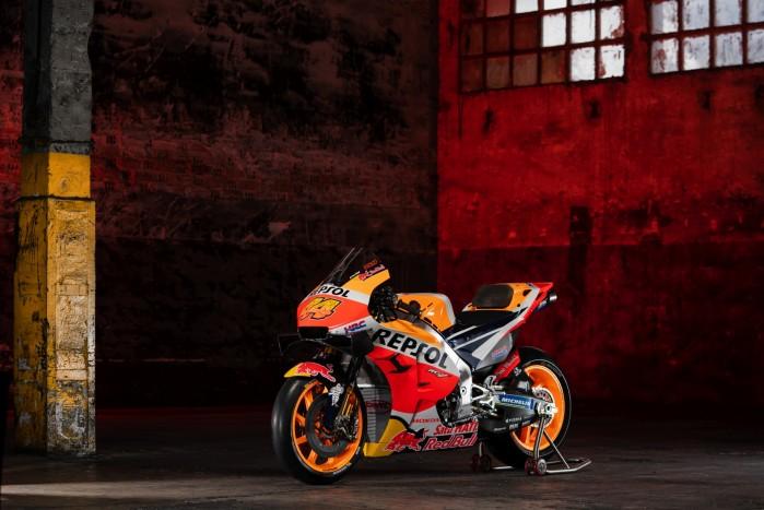 Pol Espargaro motocykl Repsol Honda MotoGP 2021