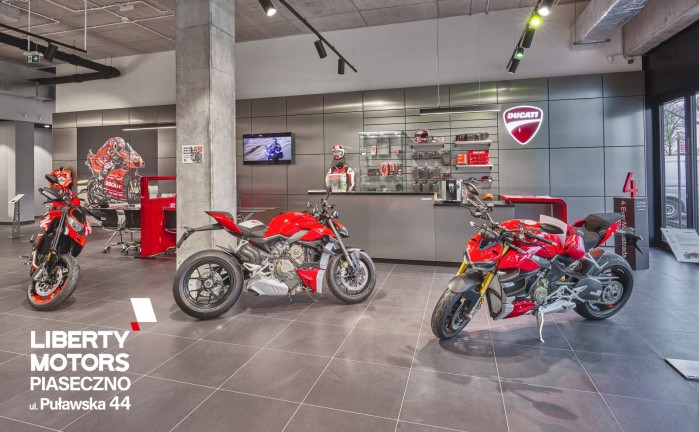 motocykle ducati salon
