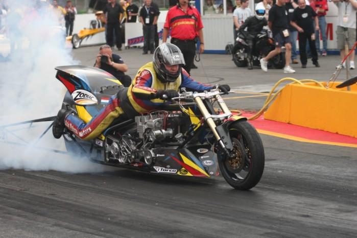 Nitrolimpix 2006 dragster dym