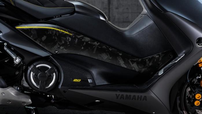 2021 yamaha tmax 560 20th anniversary 05