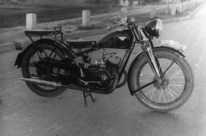 Motocykl Sok l 200