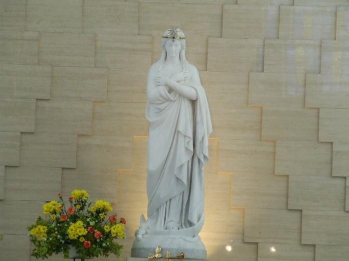 05 Figura Matki Boskiej Jazlowieckiej w Szymanowie