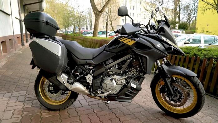 15 Suzuki DL 650 XT profil