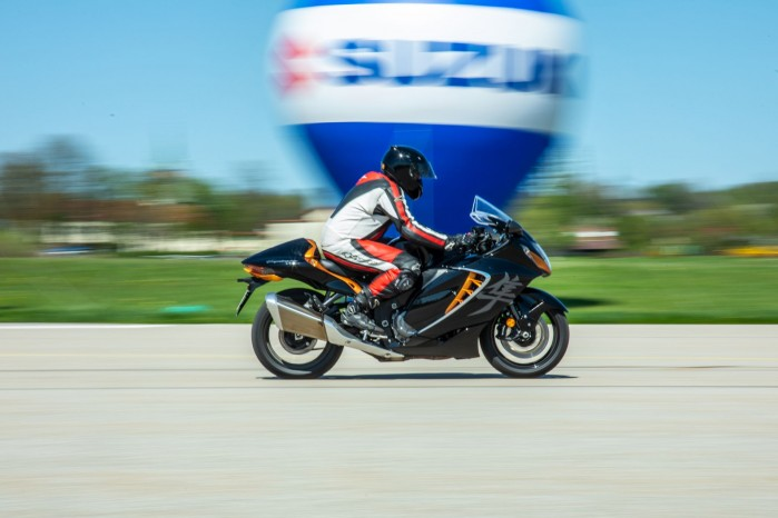 Suzuki Hayabusa 2021 w akcji