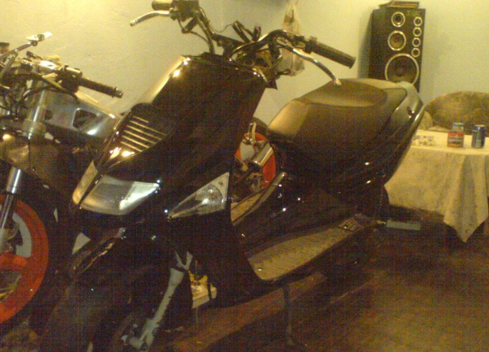 Aprilia SR50 garaz