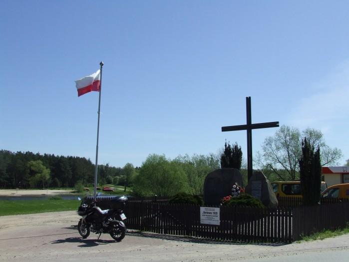 07 Borkowo Monument upamietniajacy walki z bolszewikami