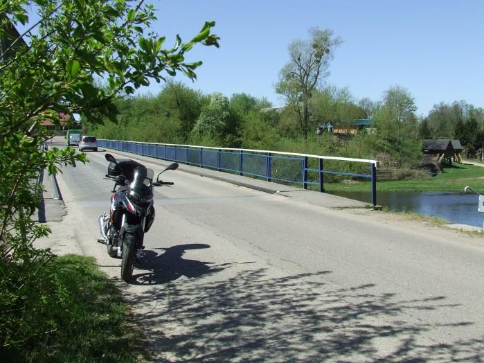 09 Kolejny most na Wkrze w Joncu