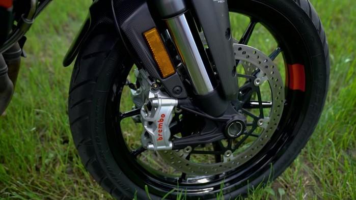 12 Ducati Multistrada V4S brembo