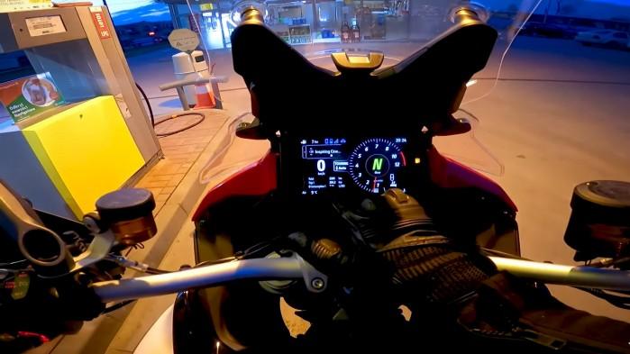 18 Ducati Multistrada V4S zegary