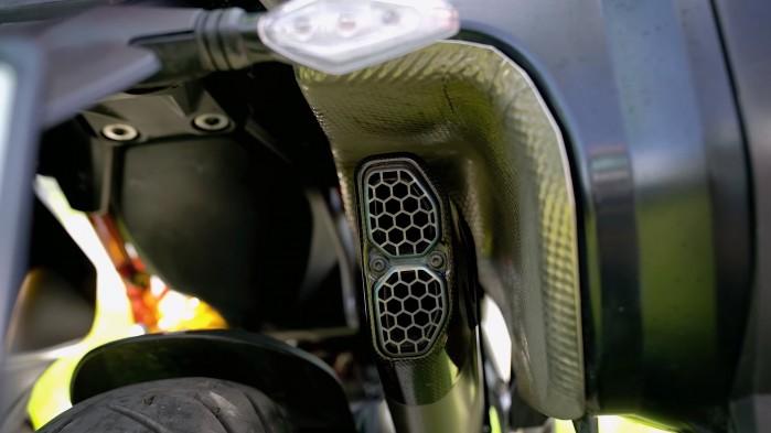 19 Ducati Multistrada V4S wydech