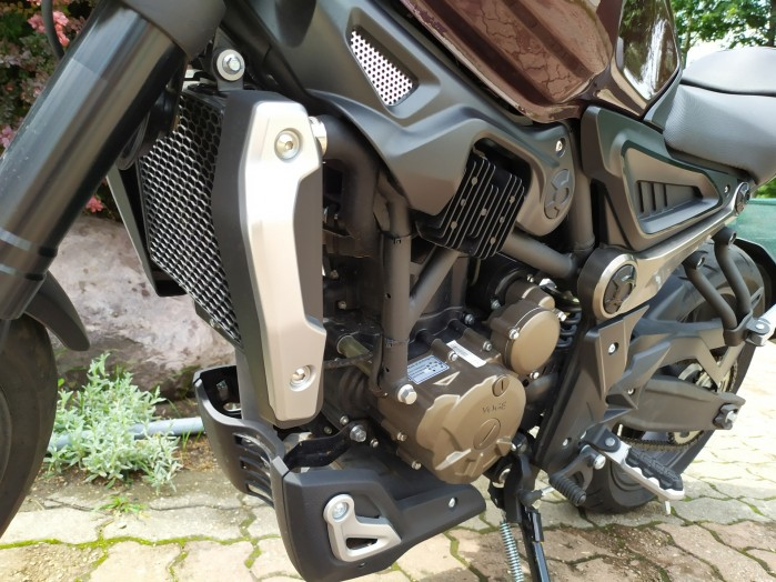 23 VOGE 300AC silnik
