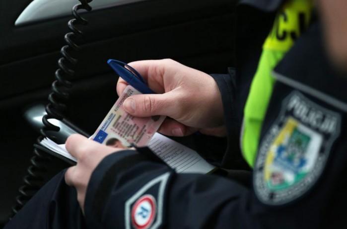 policja prawo jazdy z