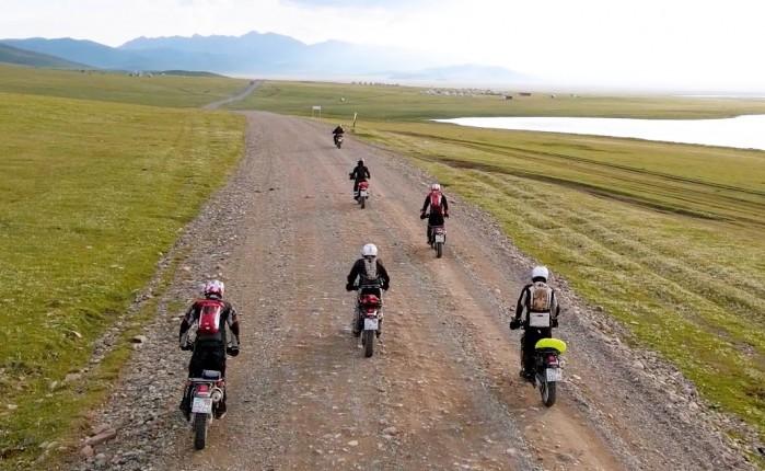 Cardo Packtalk Bold jak sie sprawdza w duzej grupie motocyklistow
