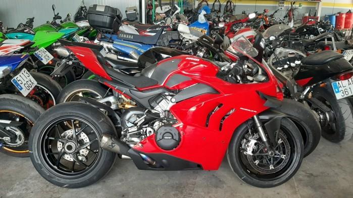 05 Moto Angeles panigale