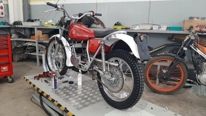 13 Moto Angeles