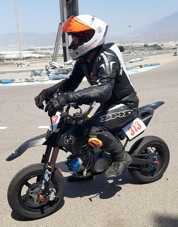 28 Moto Angeles