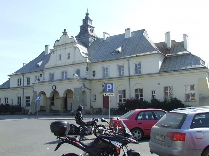 04 A to juz dworzec kolejowy w zyrardowie