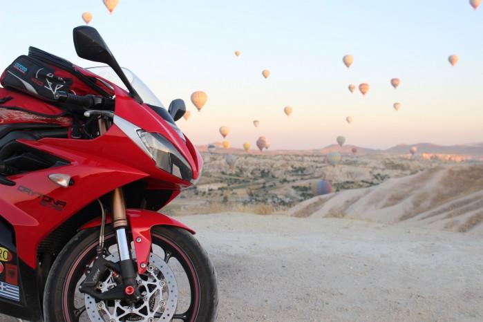 06 Tryumph Daytona Turcja balony
