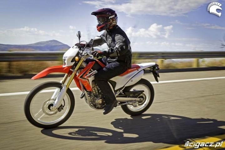 Honda CRF250L akcja