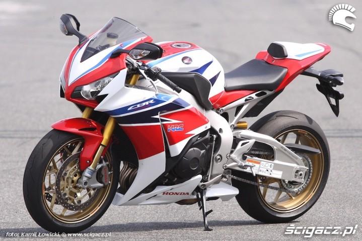 Honda-CBR1000RR-SP 19031 1