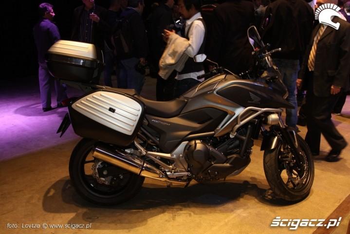 Honda-NC750X 18973 1