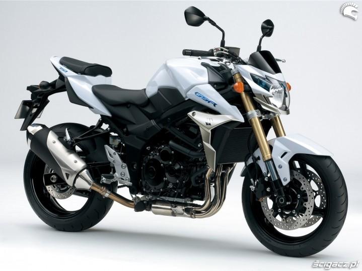 biale malowanie Suzuki GSR750