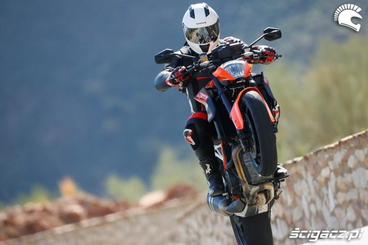 Power KTM SuperDuke 1290 R