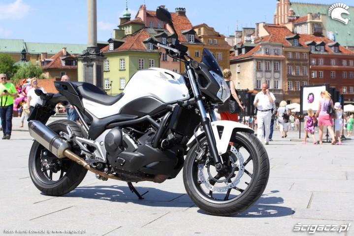 Honda NC750S ABS DCT statycznie