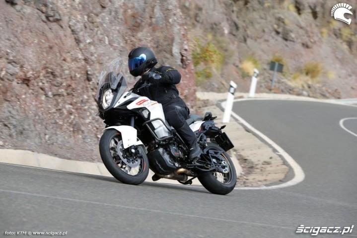 KTM 1290 Super Adventure zakrety