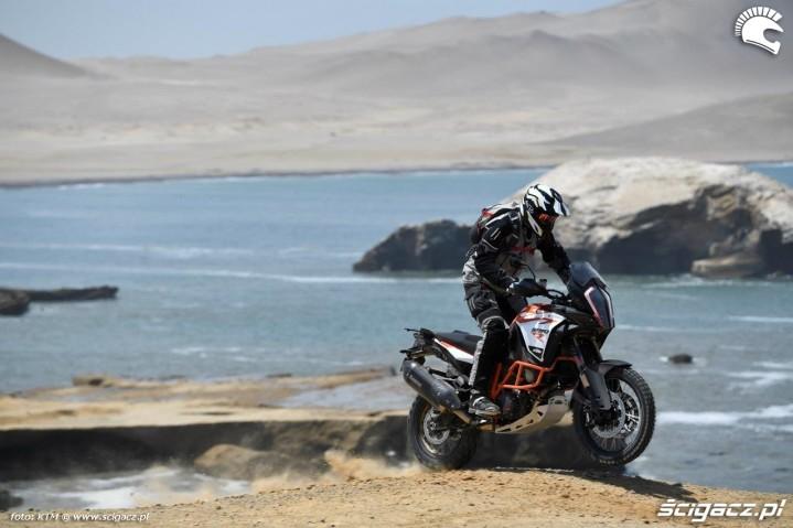 KTM 1290 Super Advenure R skok